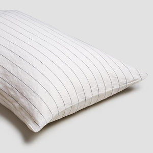 Luna Stripe Linen Pillowcases - Piglet in Bed