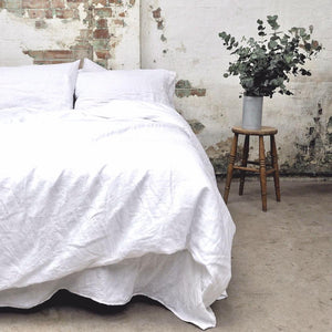 White Linen Duvet Cover - Piglet in Bed
