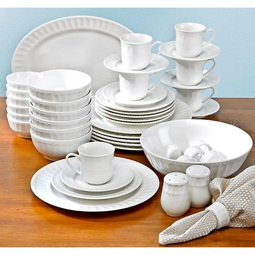 Gibson Sarasota 46 pc Dinnerware Set