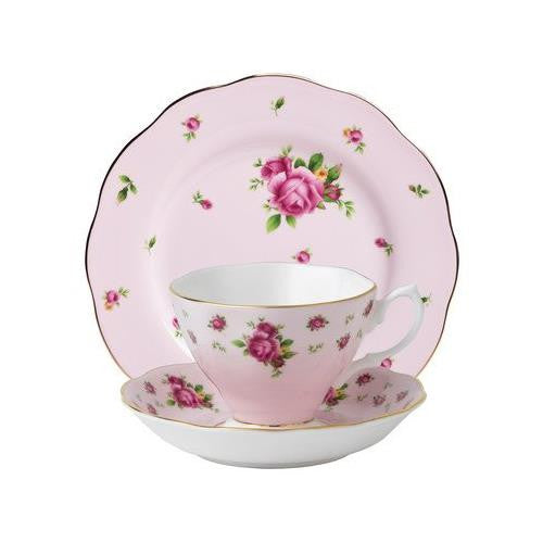 Royal Albert NEW COUNTRY ROSES PINK 3-PIECE SET (TEACUP, SAUCER & PLATE)