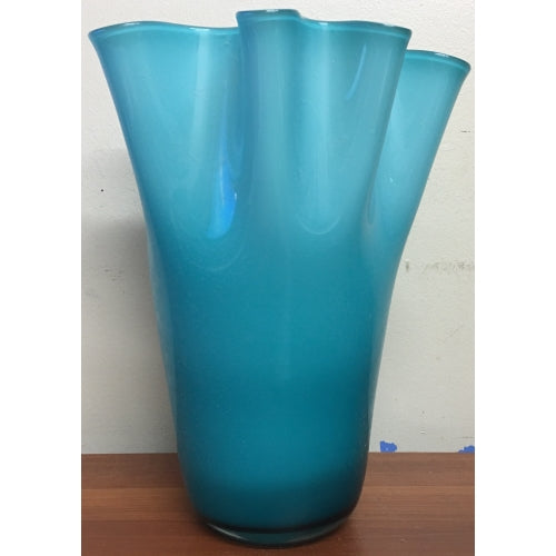 Torre & Tagus, Ripple Glass Vase Tall (Teal)