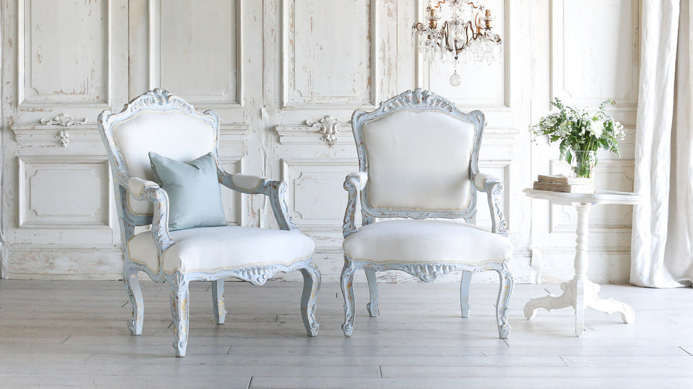 PAIR Vtg Blue Louis XV Chairs 30x28x43h