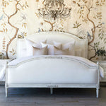 Dauphine Bed Queen White Linen/Weathered White