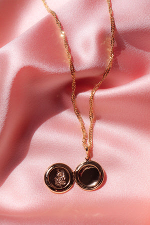 Mi Rosita Locket Necklace