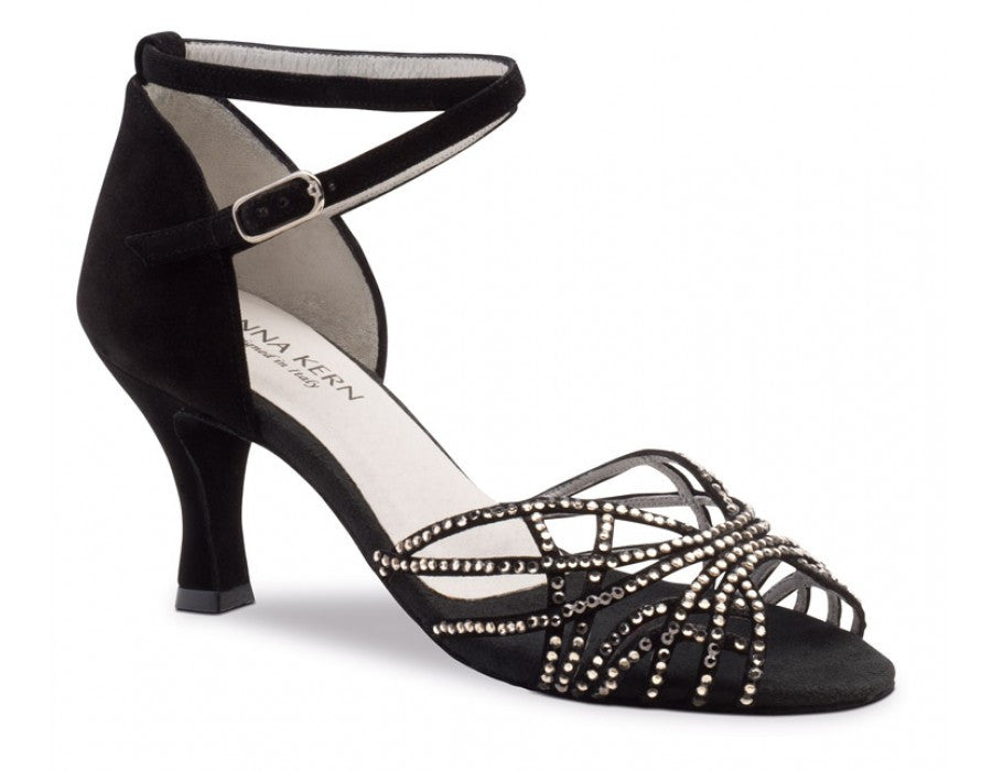 Anna Kern 700-60 Satin black size 4 offer
