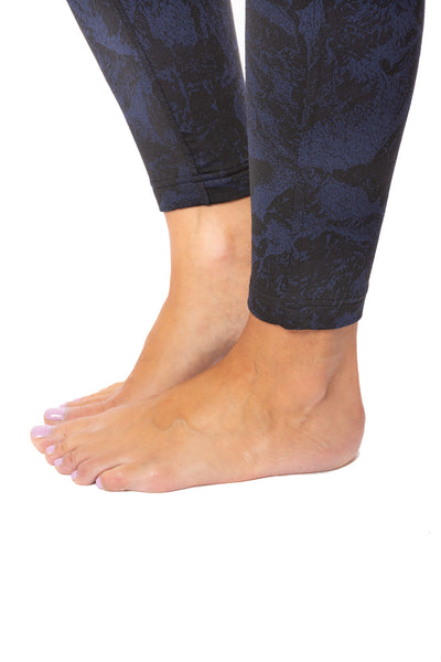 Lolë - Mile End Ankle High Waist Legging (LSW3279, Black & Midnight Blue) alt view 7