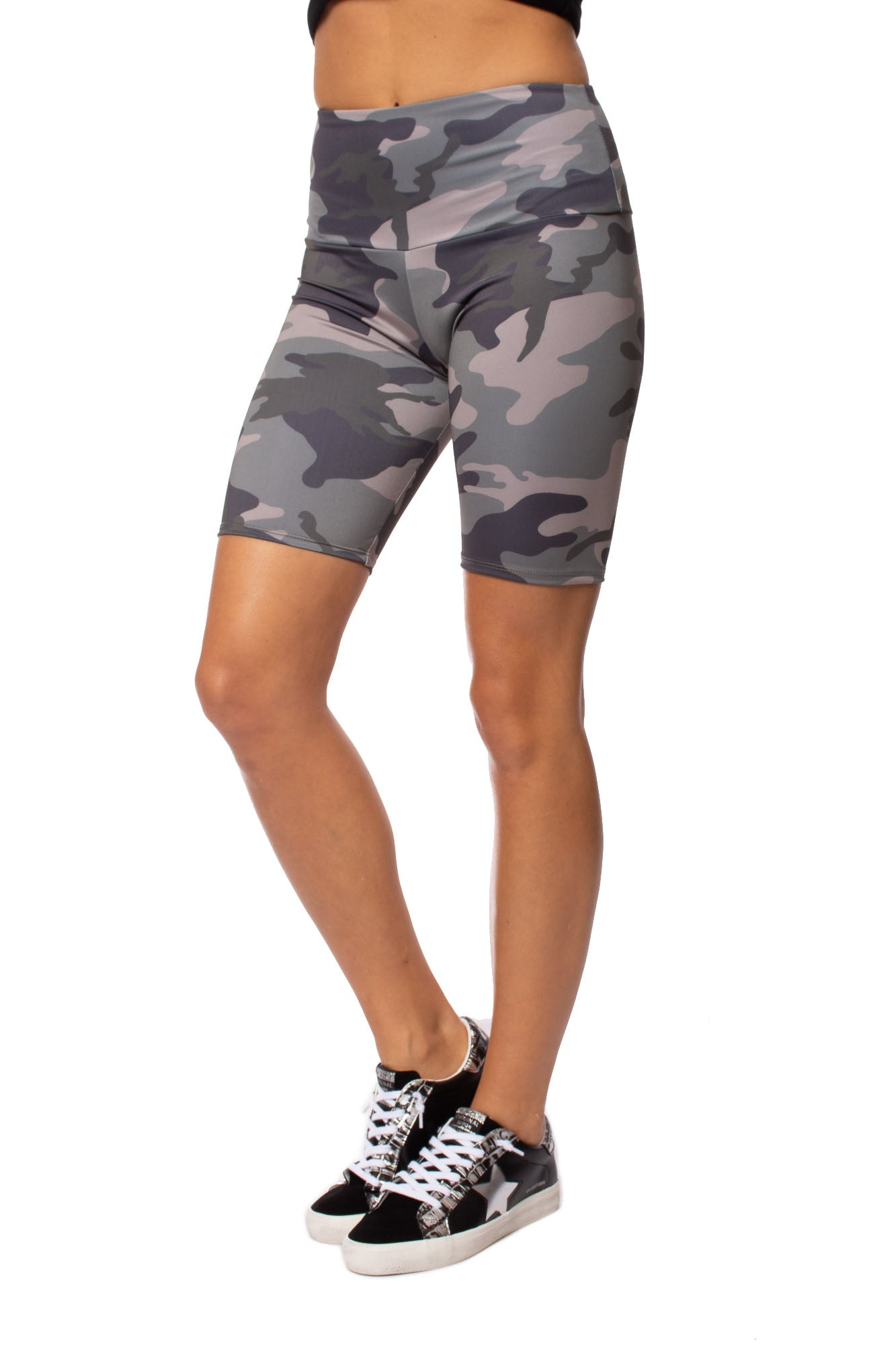 Onzie - High Rise Bike Short (2225, Green Camo)