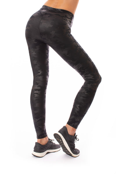 Spanx - Faux Leather Camo Legging (20185R, Matte Black Camo)