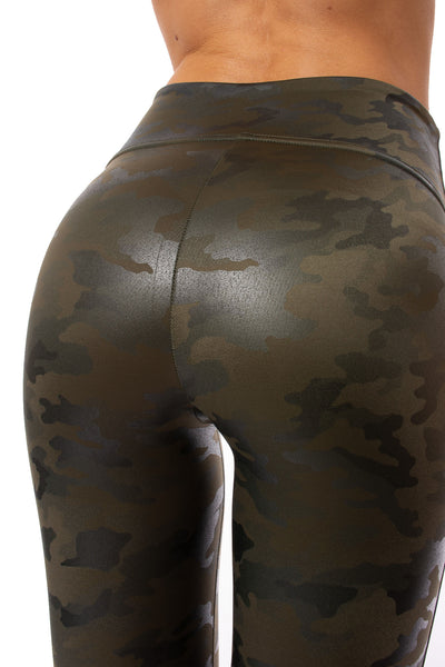 Spanx - Faux Leather Camo Legging (20185R, Green Leather Camo) alt view 4