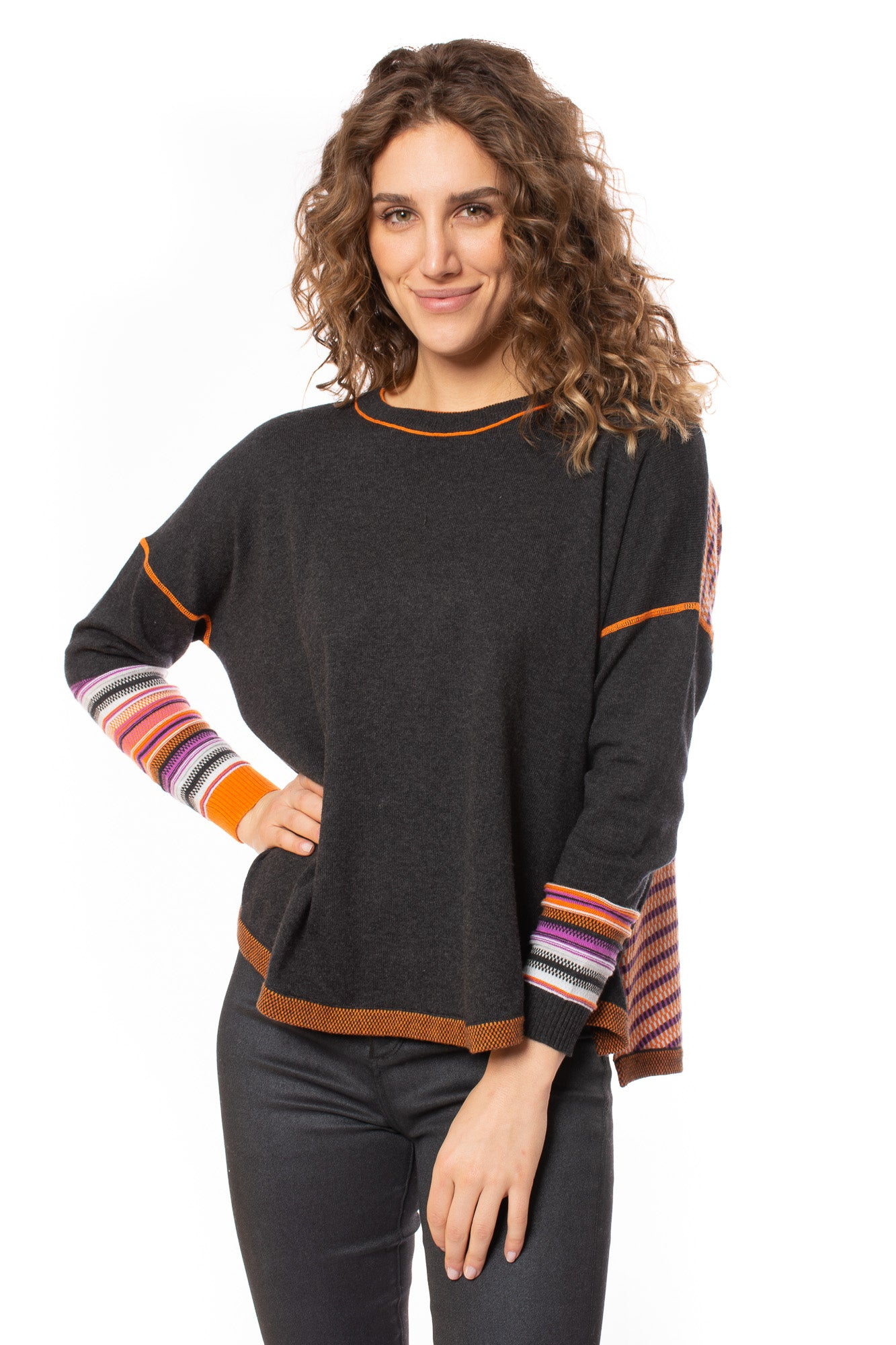 Zaket & Plover - Side Slit Back Accent Sweater (ZW2004U, Charcoal & Orange) alt view 1