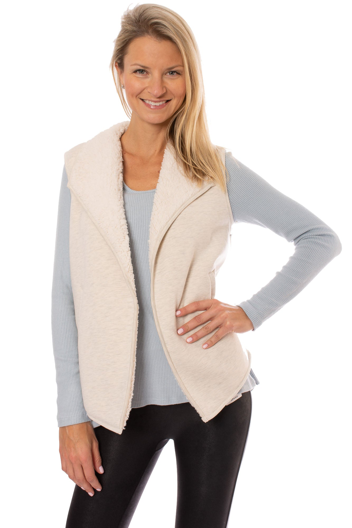 Tart Collections - Dania Vest (T90960, Sheepskin)
