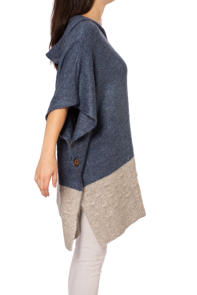 Kingston Poncho (Style M3397, Jean & Gray) by Kerisma alt view 2