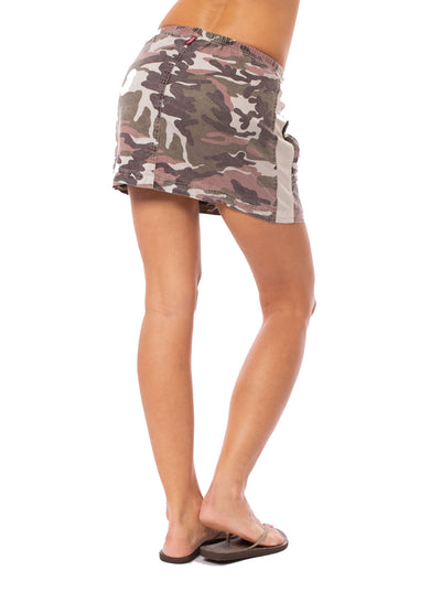Hard Tail Forever - Camo Two Pocket Elastic Waist Skirt (BURG-02, Blush Camo) alt view 2