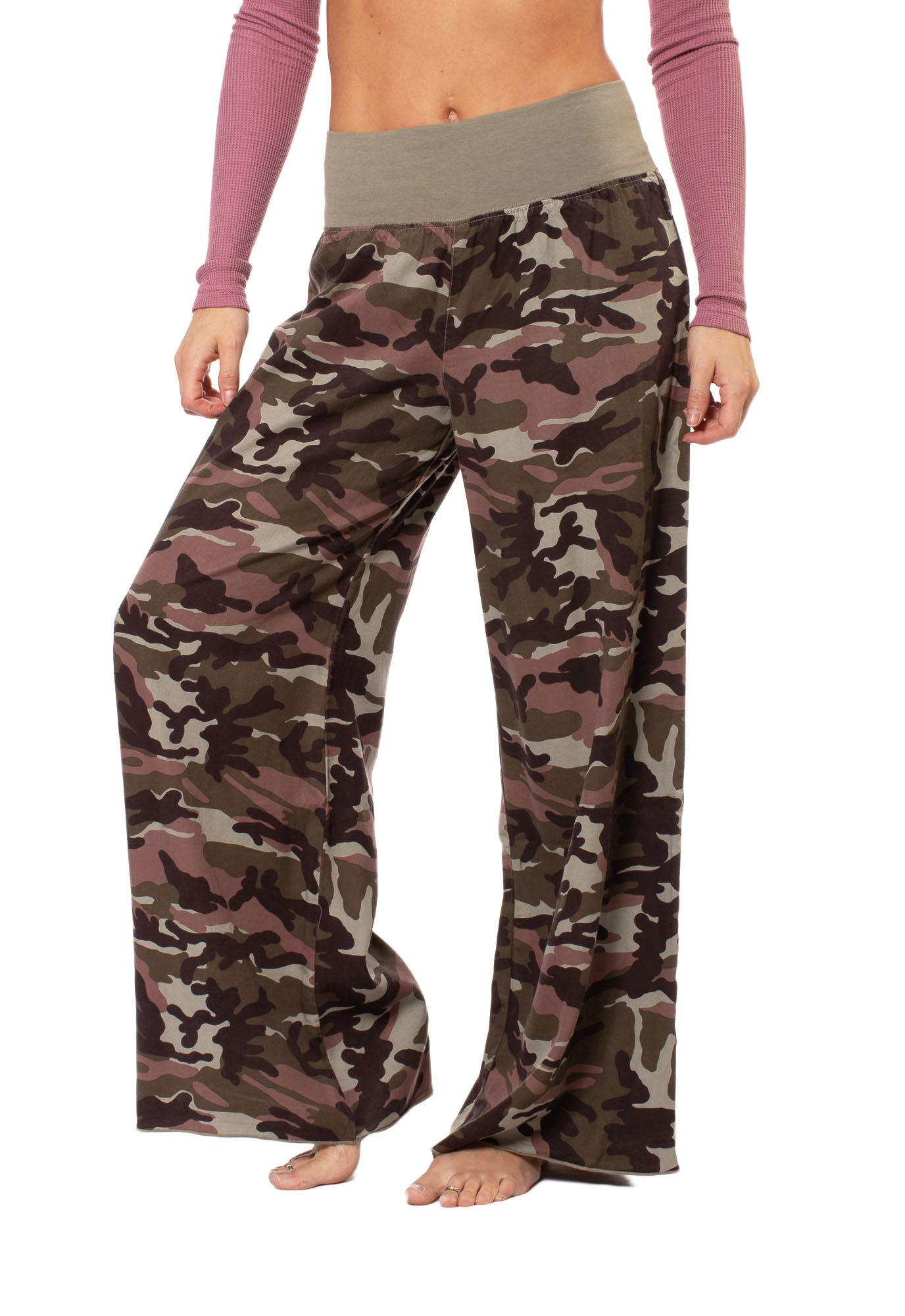 Hard Tail Forever - Full Leg Camo Flat Knit Waist Pant (BURG-04, Camping Camo)