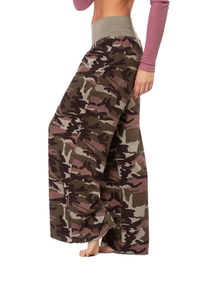 Hard Tail Forever - Full Leg Camo Flat Knit Waist Pant (BURG-04, Camping Camo) alt view 1