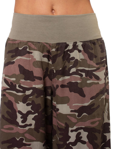 Hard Tail Forever - Full Leg Camo Flat Knit Waist Pant (BURG-04, Camping Camo) alt view 4