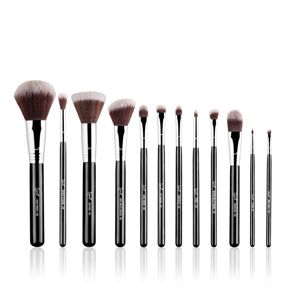 SIGMA ESSENTIAL BRUSH KIT - MR. BUNNY
