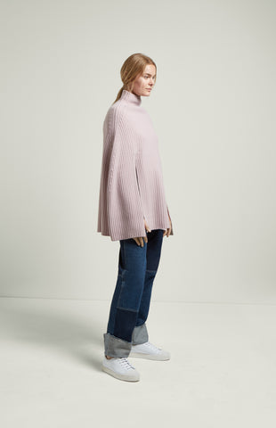 Cropped Ribbed Poncho In Powder Pink