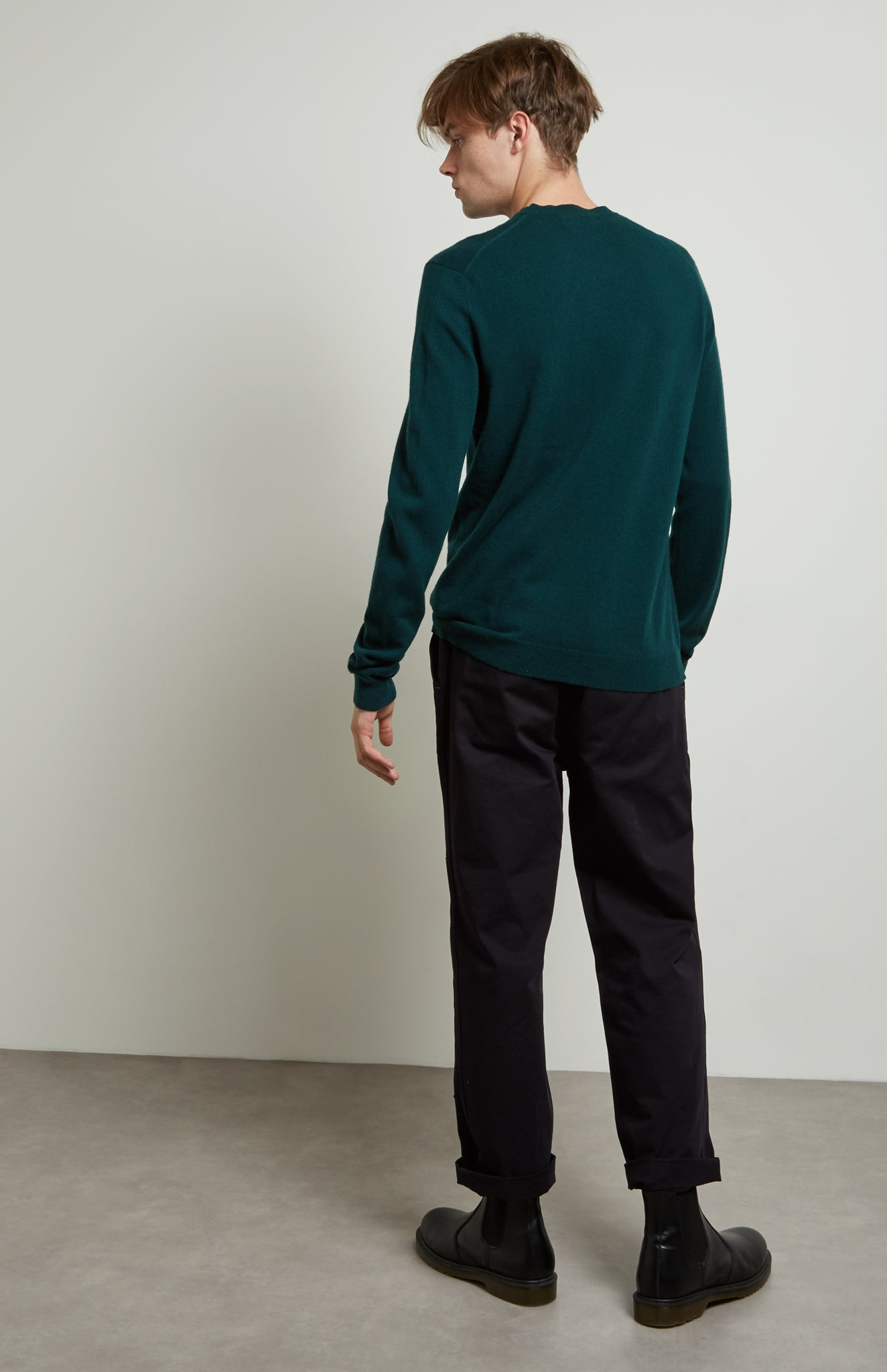 Men's Classic Round Neck Cashmere Jumper In Evergreen