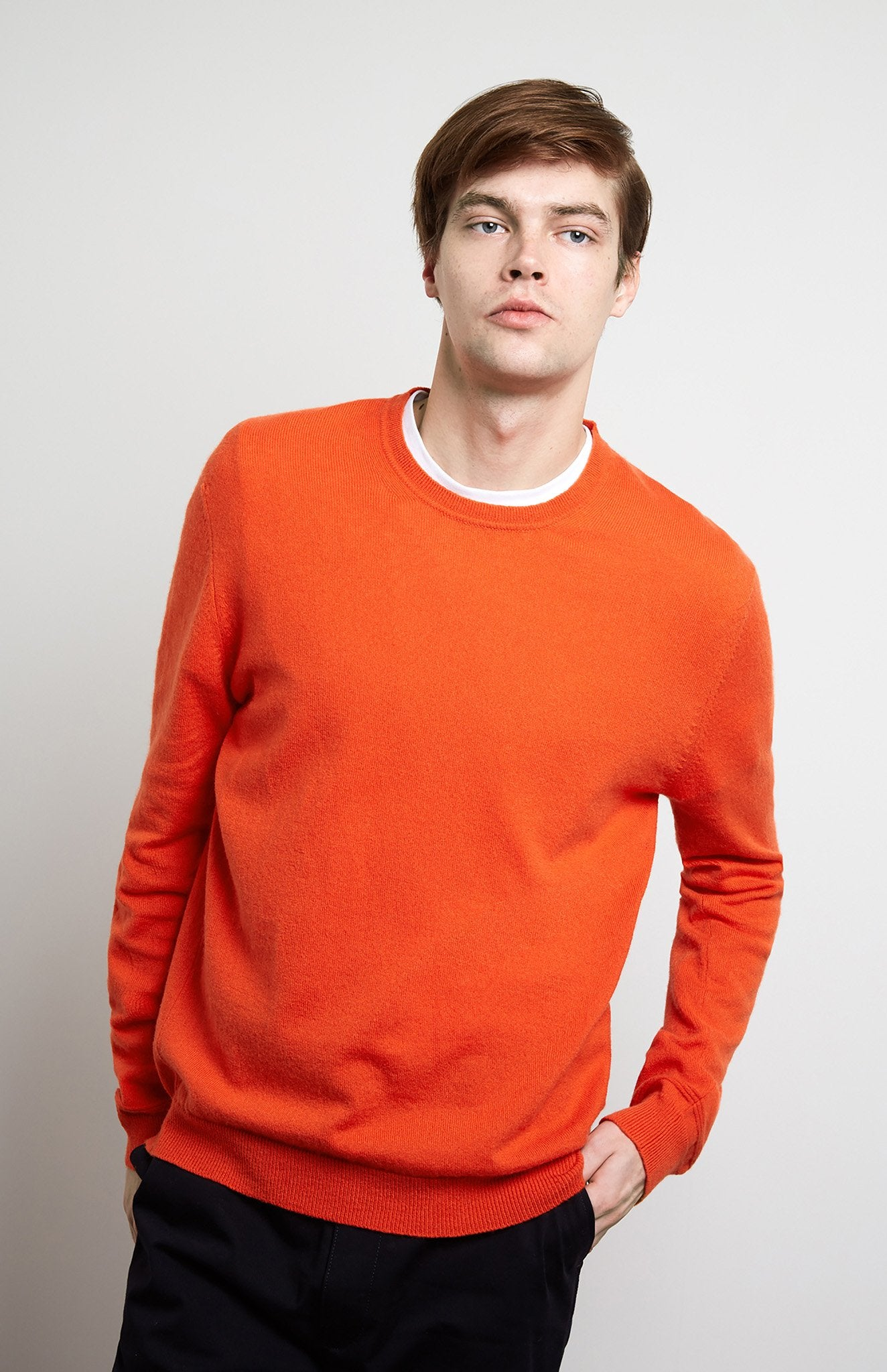 Men's Scottish Cashmere Round Neck Jumper In Tangerine