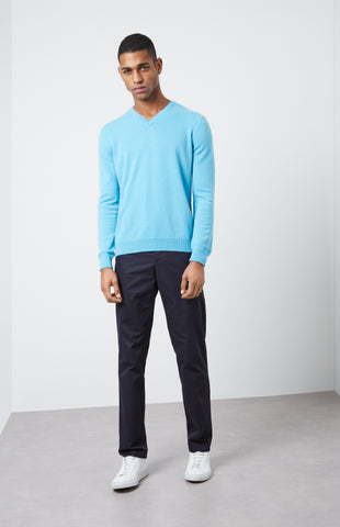 V Neck Cashmere Jumper  In Pool Blue