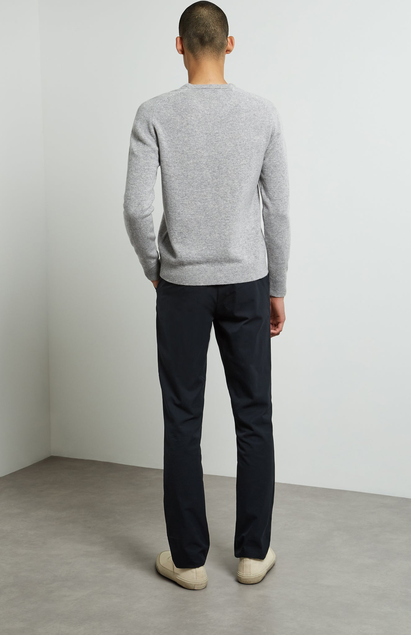 Round Neck Lambswool Jumper In Flannel Grey