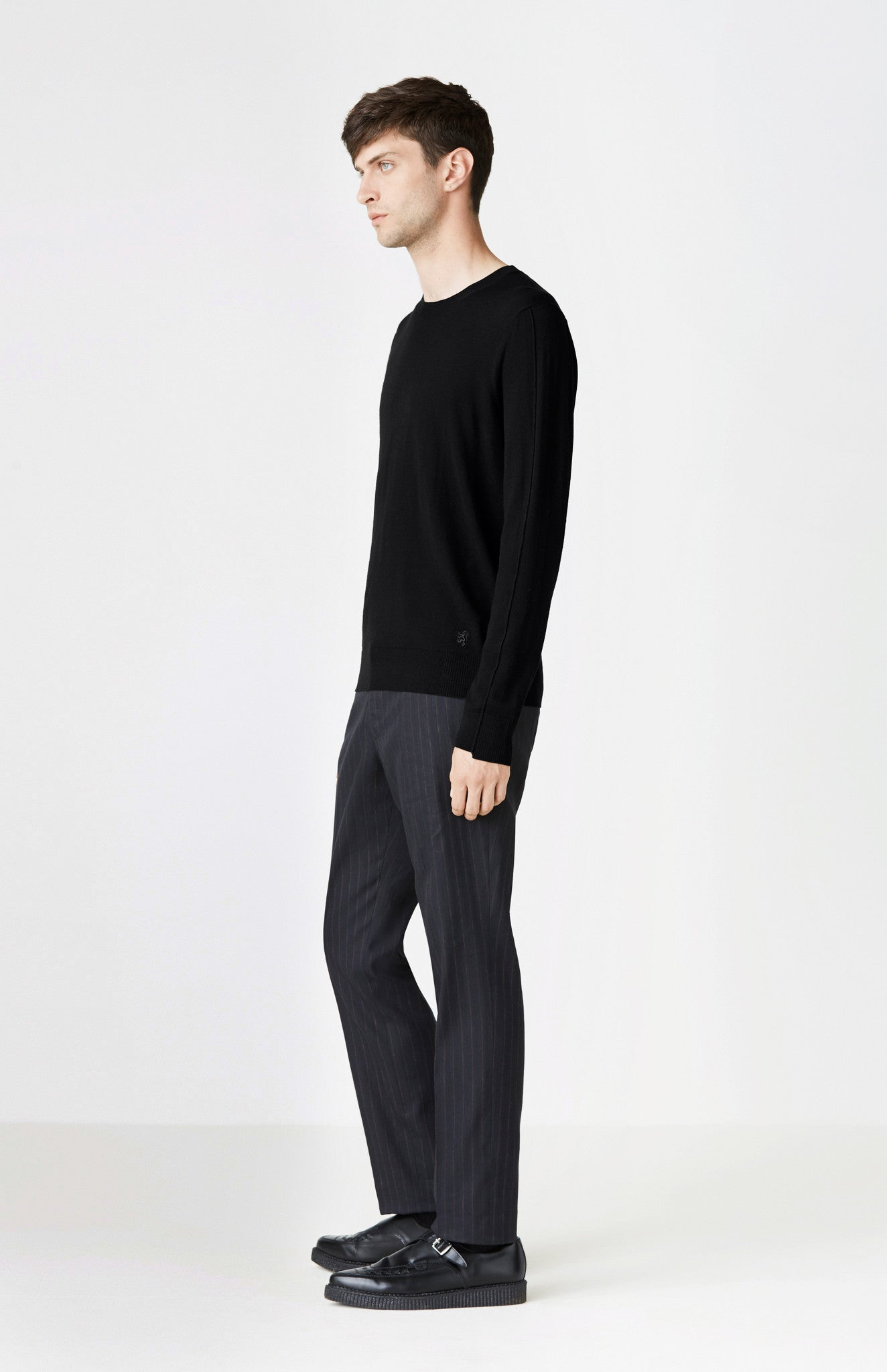 Round Neck Ribbed Trim Jumper In Black