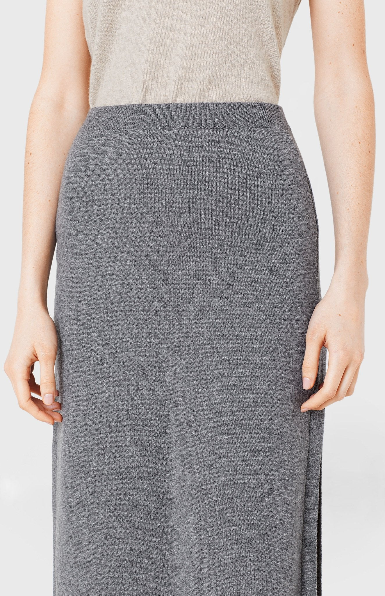 Long Cashmere Skirt in Smog