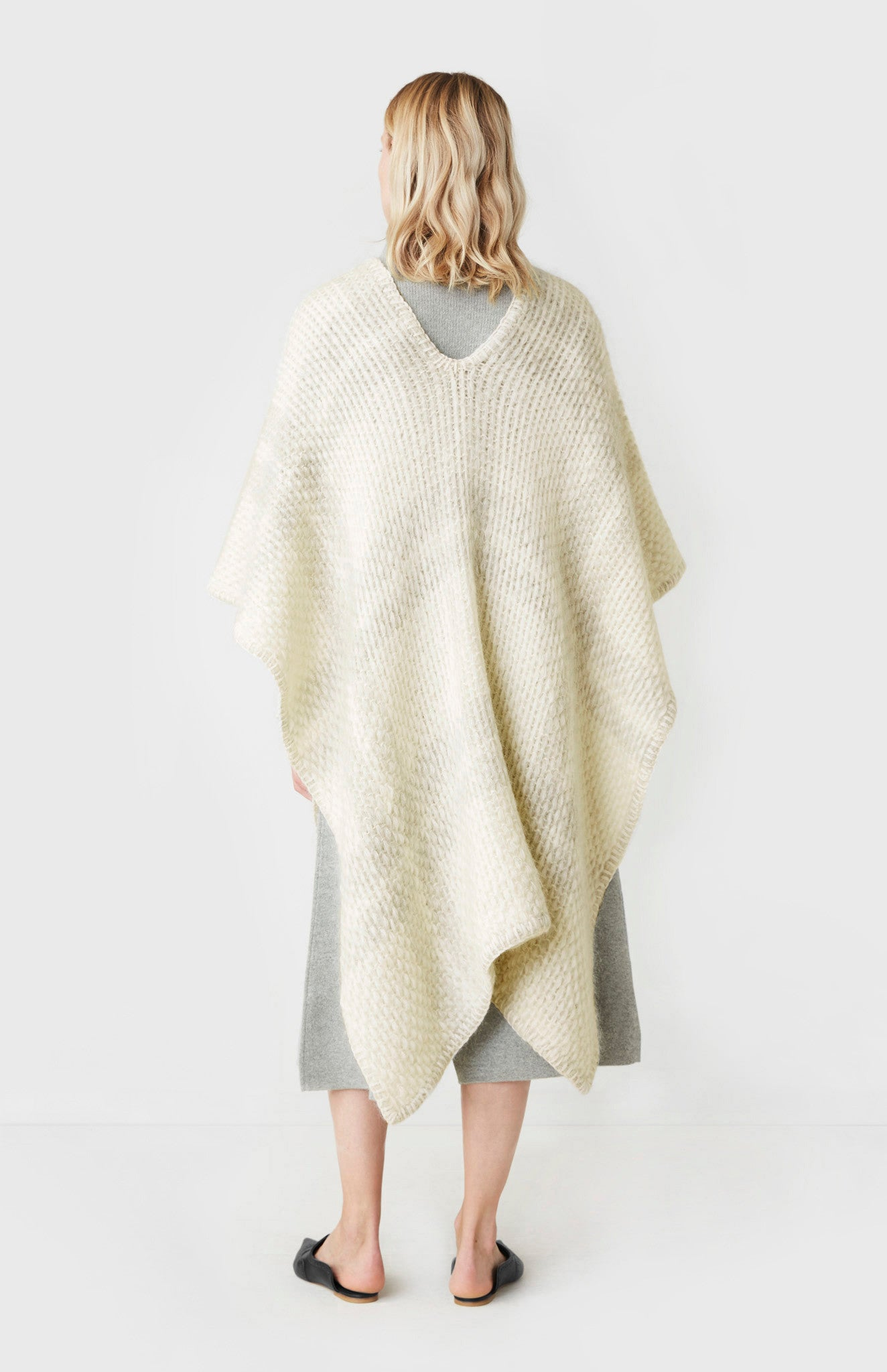 Soft Knit Poncho In Off White/Salt & Pepper