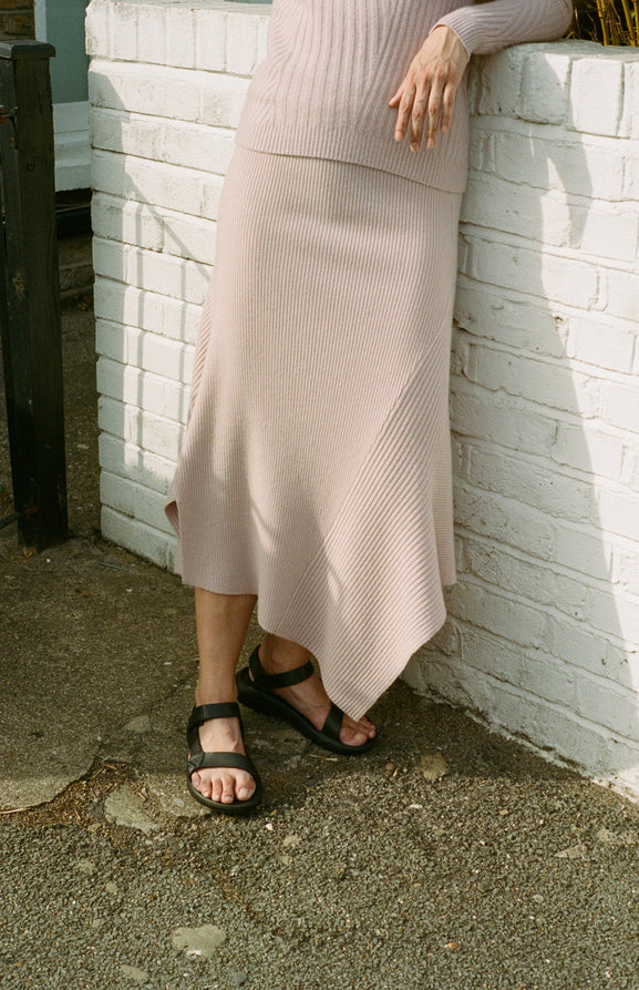 Ribbed Long Skirt