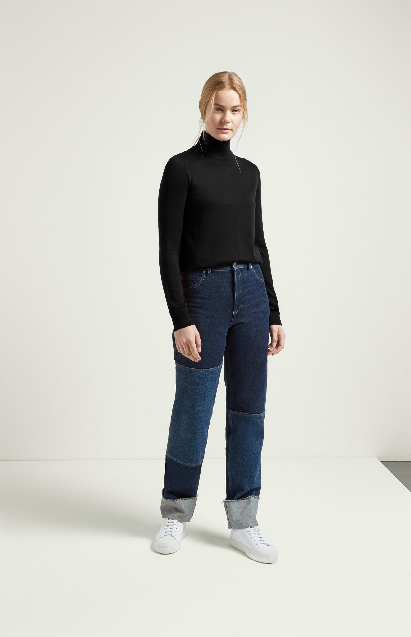 Roll Neck Jumper Merino In Black