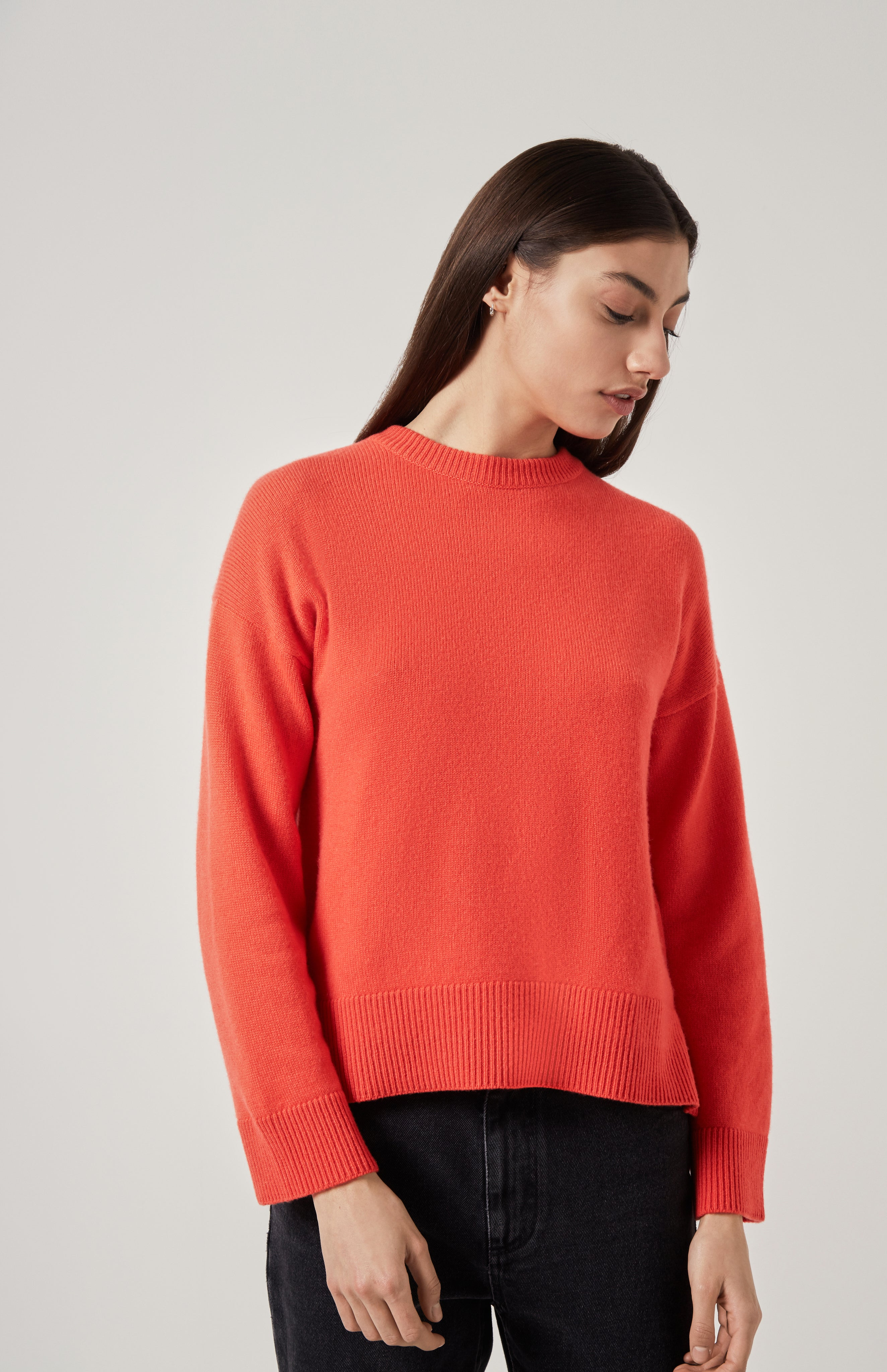 Round Neck Cosy Cashmere Jumper In Coral