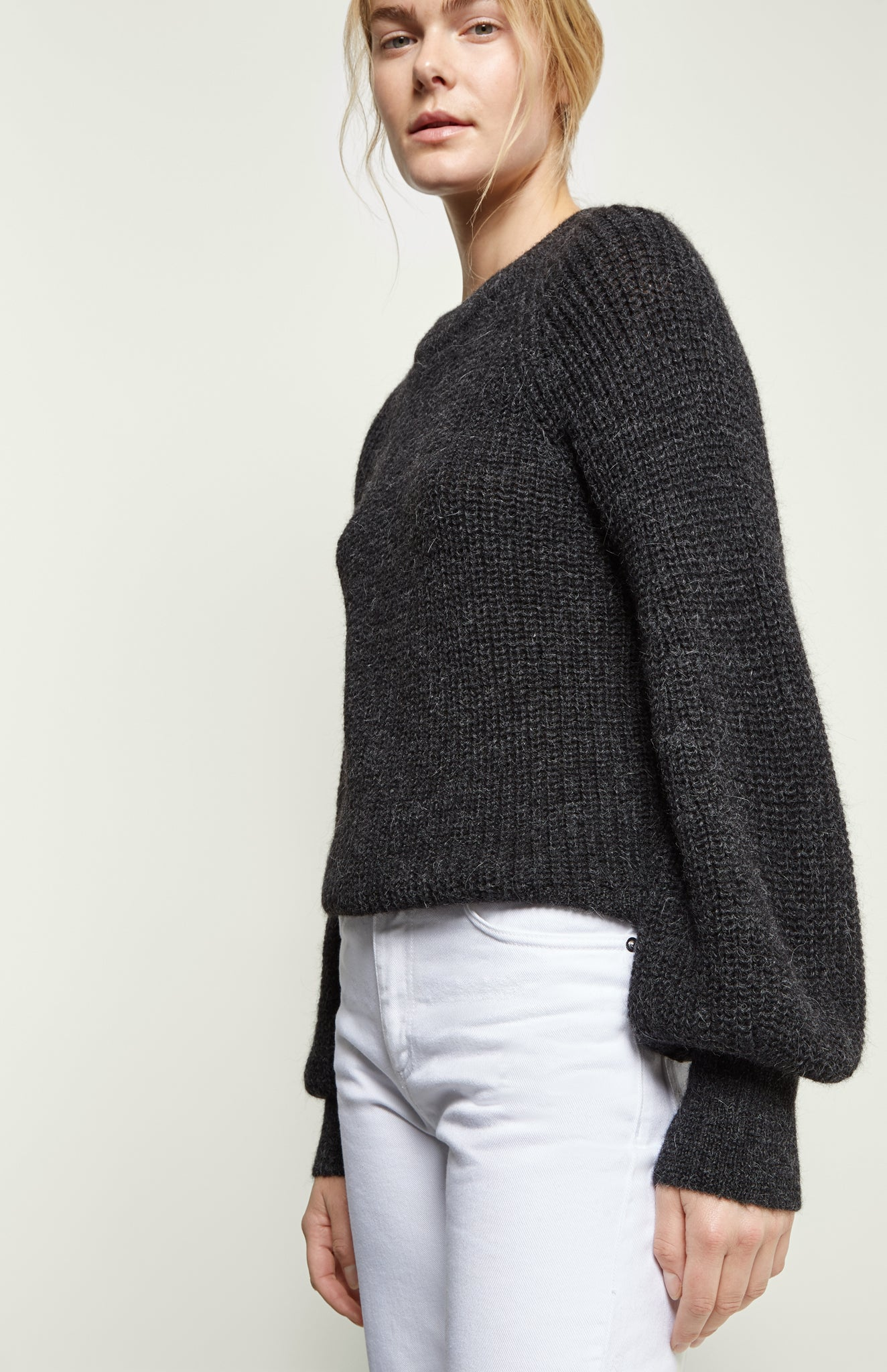 Alpaca Blouson-sleeve Jumper In Charcoal