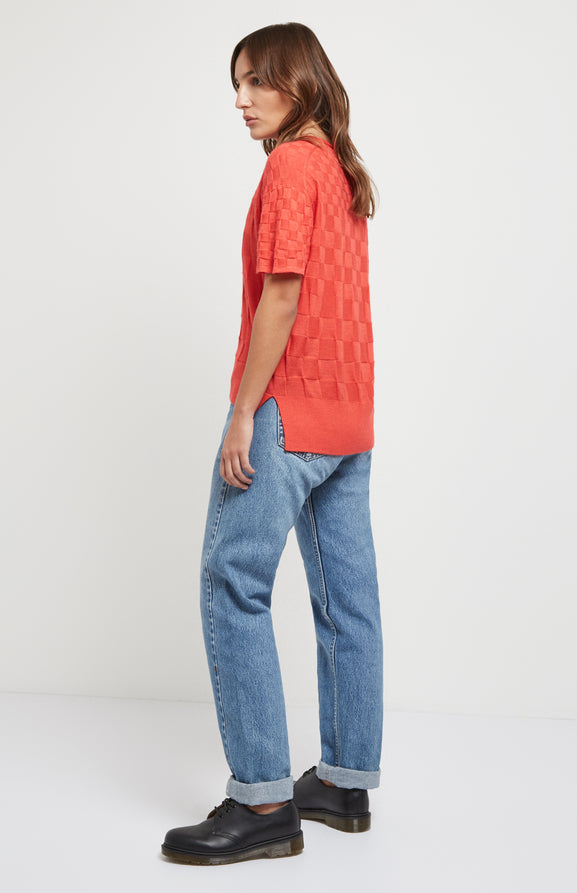Knitted 3d Check T-shirt In Coral
