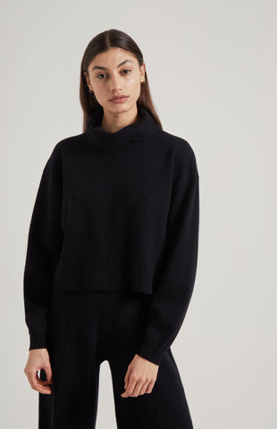 Cropped Cashmere Jumper In Black