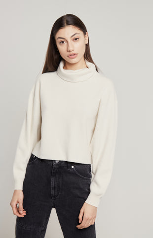 Cropped Cashmere Jumper In White
