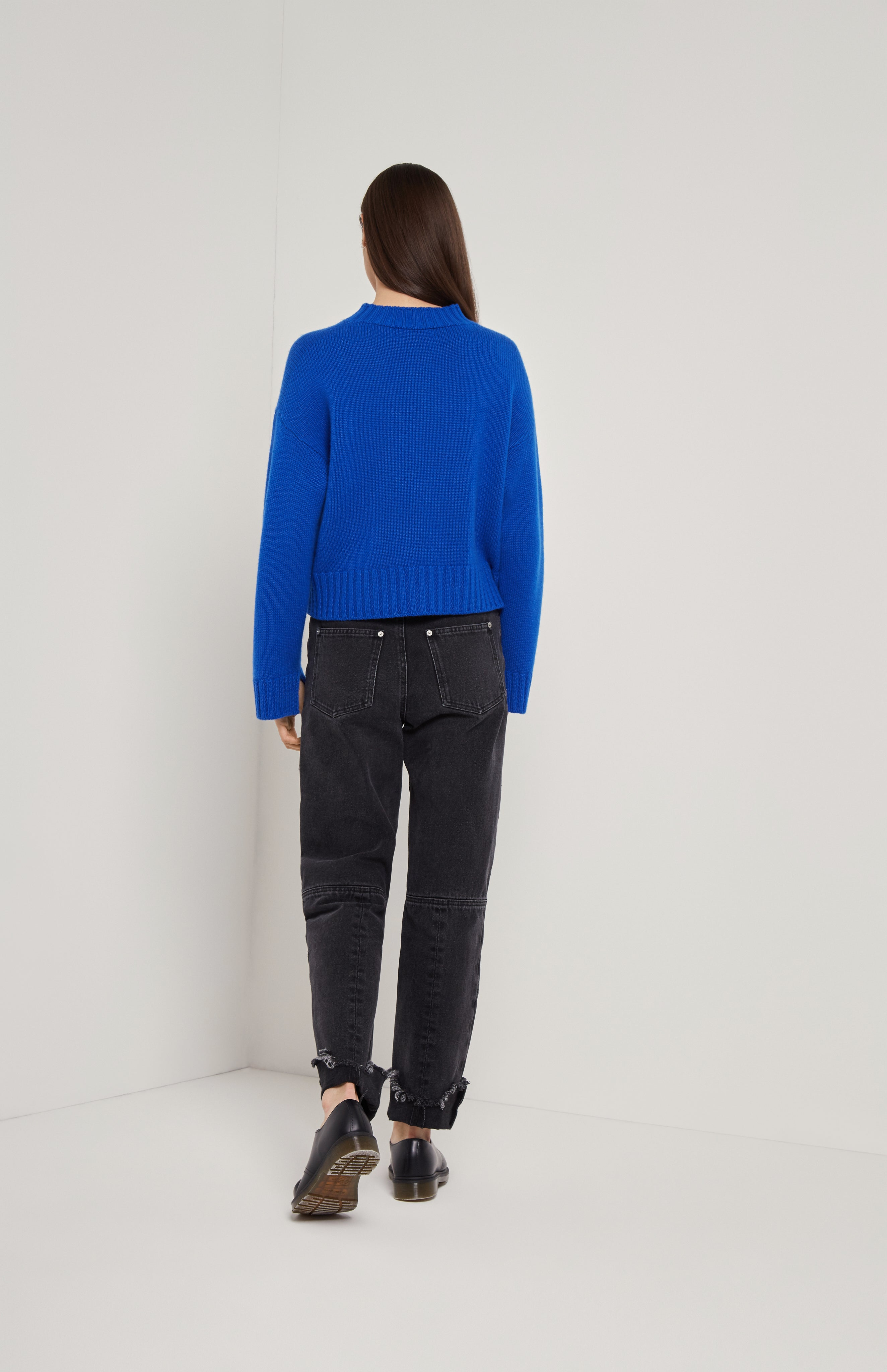 V Neck Cosy Cashmere Jumper In Electric Blue
