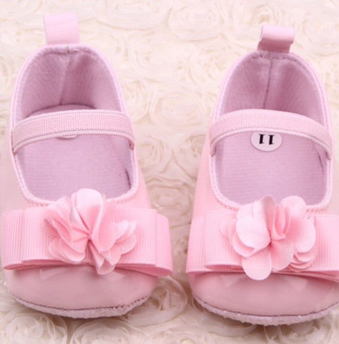 Crib Shoes with Bow & Flower