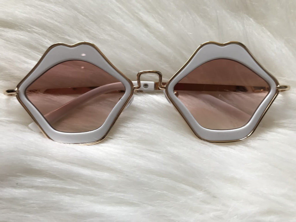 Lip Sunglasses