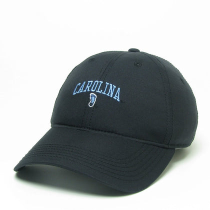 Dry Fit UNC Hat with Tar Heels Logo in Black
