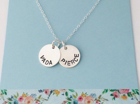 Kids Names Necklace, Simple mom Necklace, engraved mom necklace