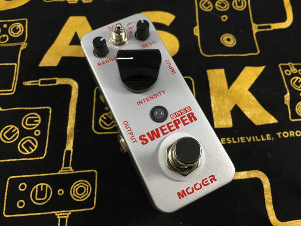 Mooer Bass Sweeper - Cask Music
