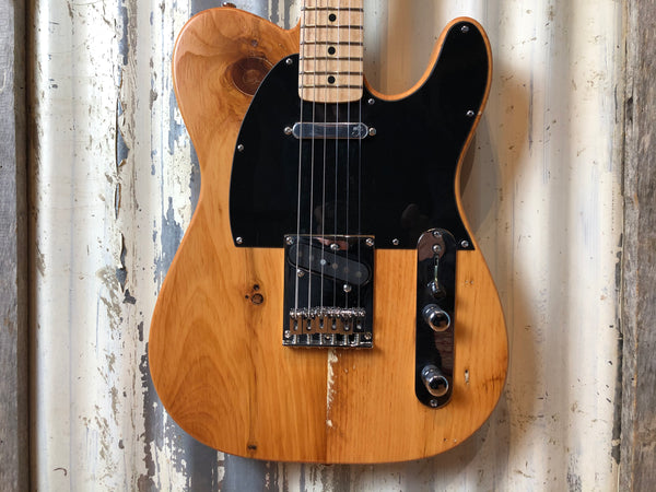 Caxton Guitars Benchaster