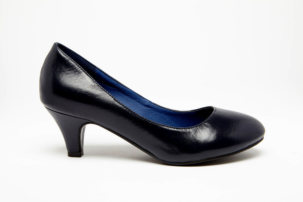SKY QUEEN Black 2 inch heel Uniform Standard Shoe