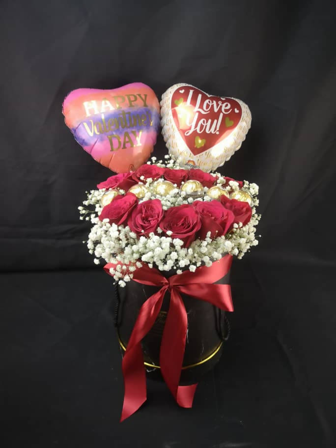 Valentine's Day 2020 Roses with Ferrero Box