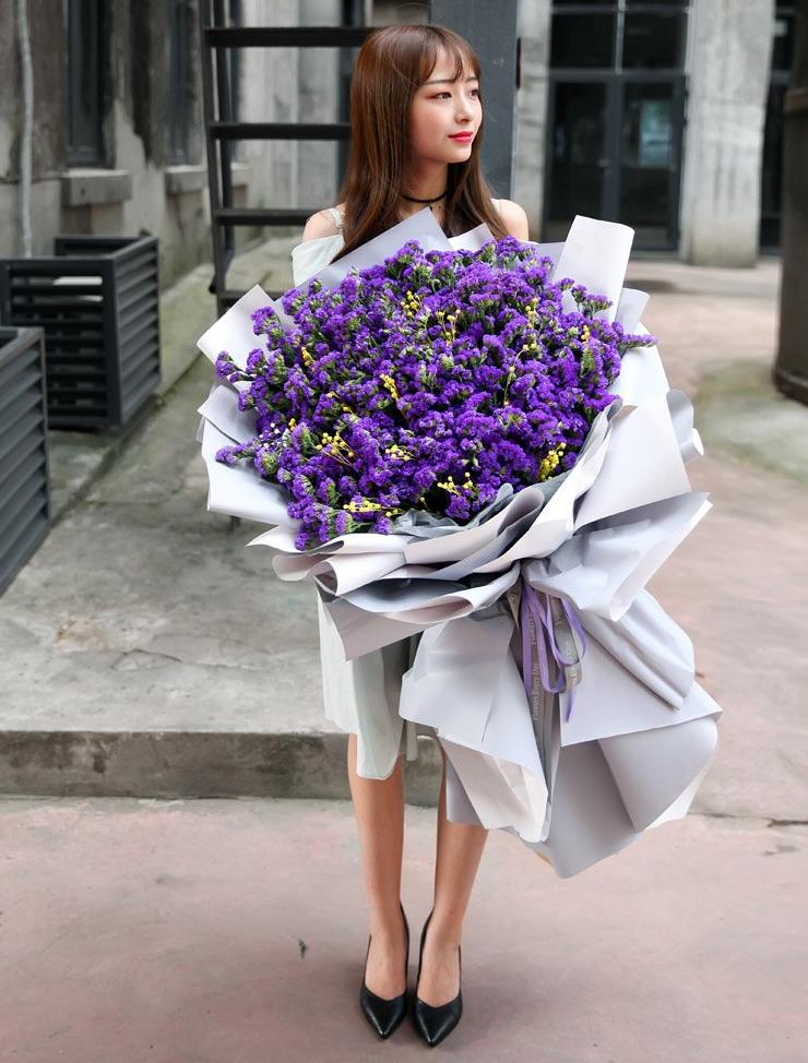 Giant Majestic Lilac Dream Bouquet