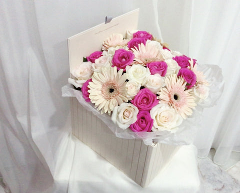 Eighteen Blossom's Flower Bloom Box - Large Square Box