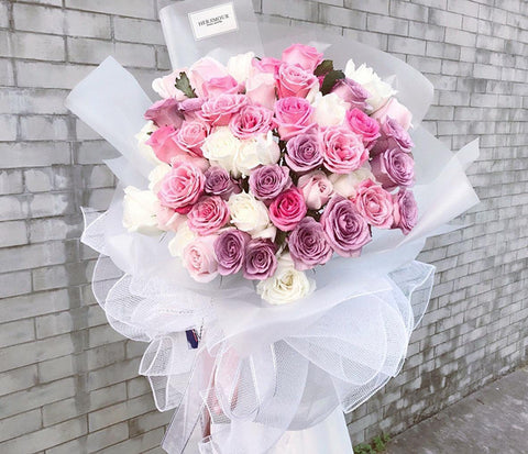 Giant Big Elizabeth LX Pink Rose Bouquet