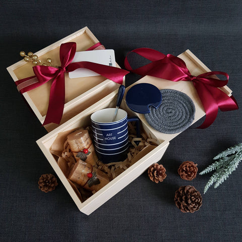 Christmas 2018 Gift Box - XM02 BLUE (Klang Valley Delivery)