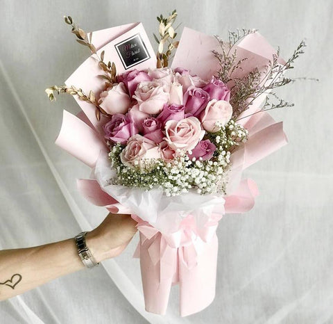 Pretty In Pink Roses Bouquet (Ipoh Delivery Only)